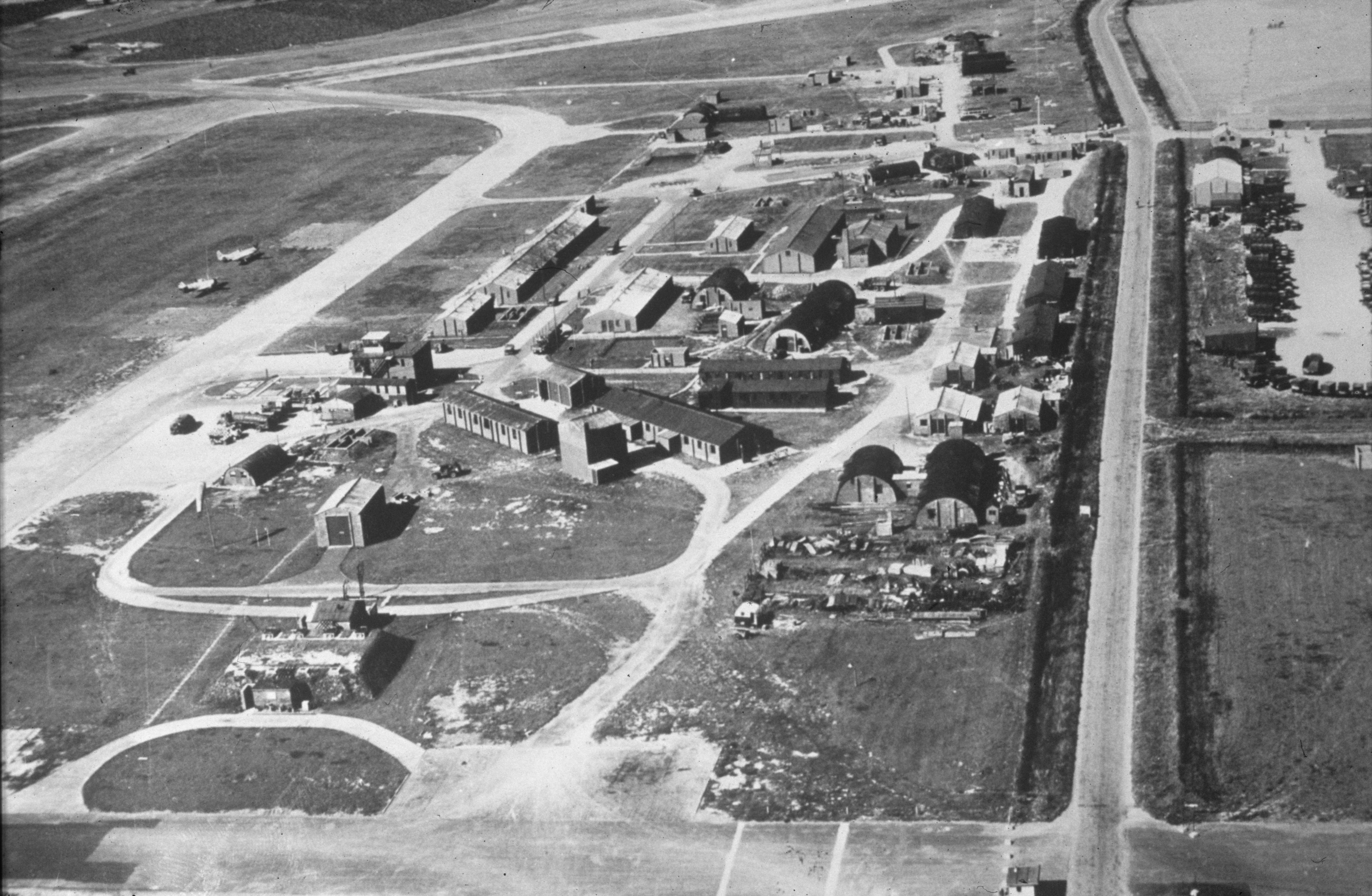 Airfield site c1944 © AAM FRE6297