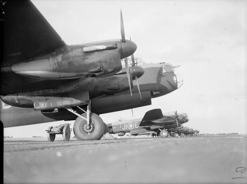 Lancaster bombers © IWM (CL4214)